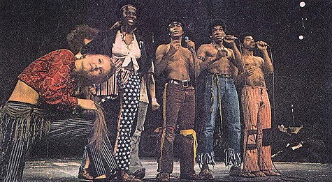 Chicago Tribe. Left to Right: Carol Ruth, Valerie Williams, Chuck McKinney, Stan Shaw, and André De Shields in Hair. Photo courtesy of Ebony Magazine (May 1970)