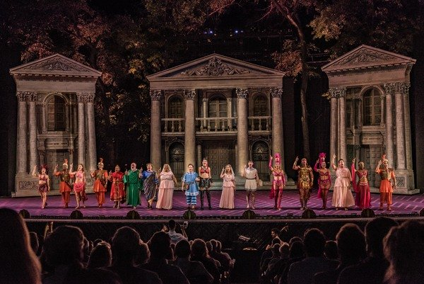 The castin The Muny's A FUNNY THING HAPPENED ON THE WAY TO THE FORUM.