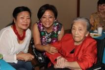 Joycelyn Lee, Pauline Chang and her mother Nancy Lee Chang in 2014
