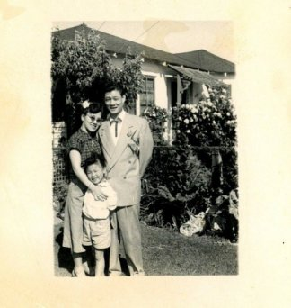 Nancy Lee Chang with her daughter Beverly and her husband Harry Kai Chong Chang.