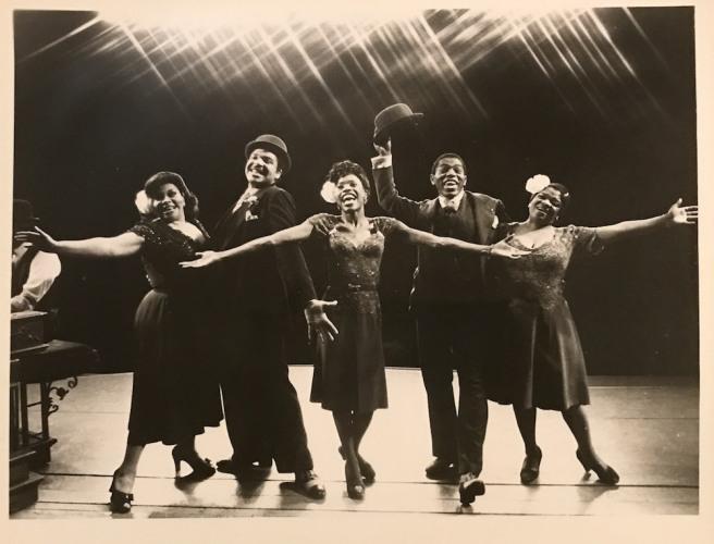Armelia McQueen, Ken Page, Charlayne Woodard, André De Shields and Nelle Carter in AIN'T MISBEHAVIN'.