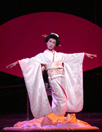 Francis Jue as Song Liling in M. BUTTERFLY. (Photo by David Allen)