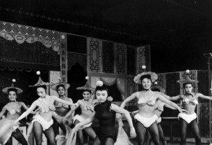 "Pat Suzuki and dancers (""Fan Tan Fanny"") (Photo: Friedman-Abeles)"