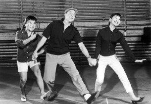 Gene Kelly rehearsing with Pat Suzuki and Miyoshi Umeki (Photo courtesy of Rodgers & Hammerstein Organization)