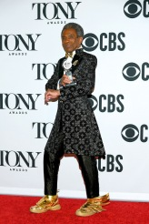 """André De Shields, winner of the award for Best Performance by an Actor in a Featured Role in a Musical for """"Hadestown,"""" poses in the press room for the 73rd Annual Tony Awards at 3 West Club on June 9, 2019 in New York City. (Photo by Mike Coppola/Getty Images for Tony Awards Productions)"""