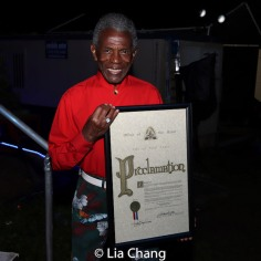 André De Shields holds St. Louis Mayor Tishaura O. Jones' Proclamationnaming June 4, 2021 as King Lear/André De Shields Day in the City of St. Louis. Photo by Lia Chang